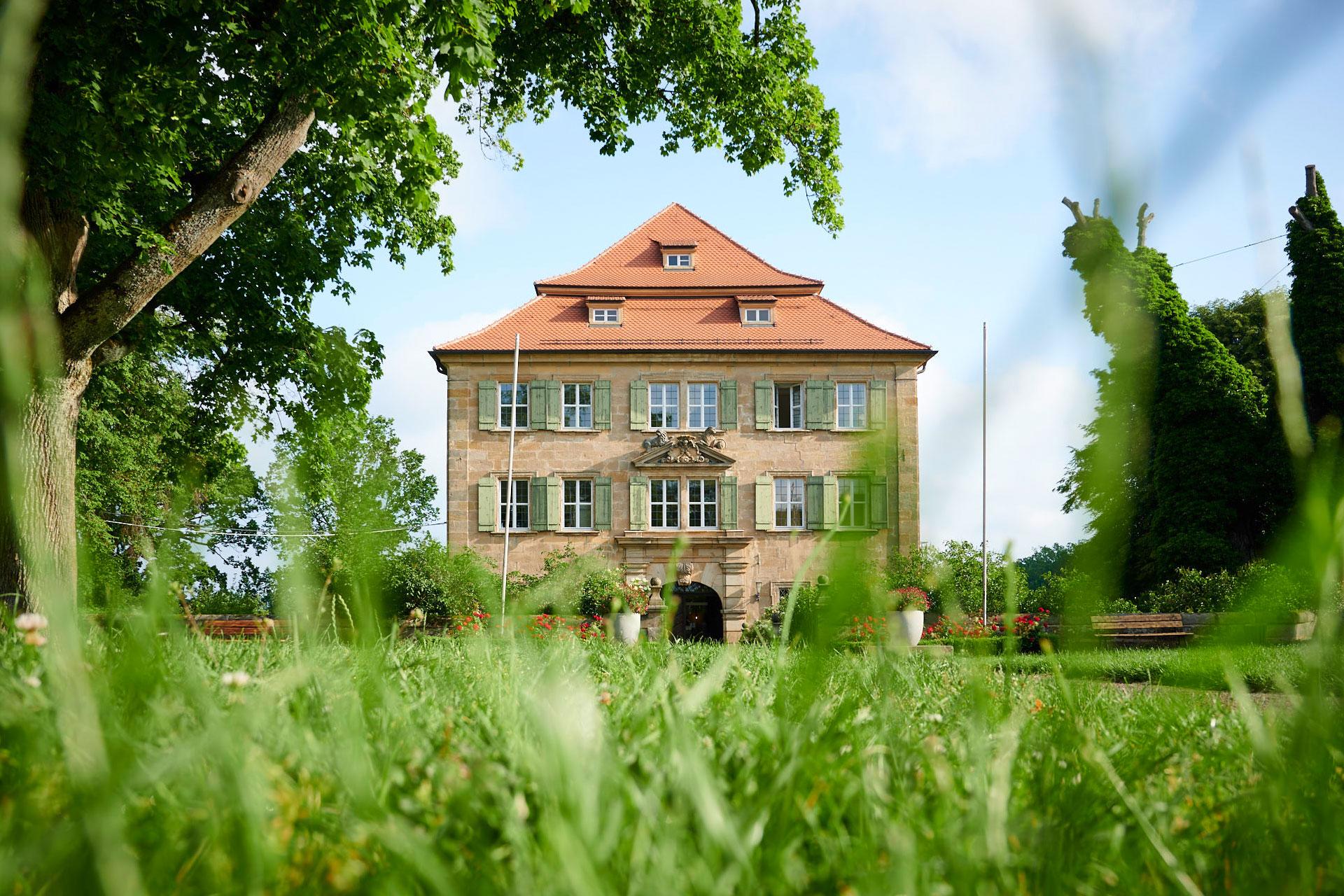 Außenaufnahme Schloss Atzelsberg